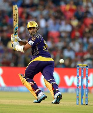 Smash hit: Robin Uthappa in action for the Kolkata Knight Riders./  Photo: Bhagya Prakash K. / The Hindu