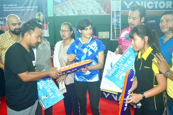 Ashwini Ponnappa, Indian Badminton player sign an autograph for her fans at the closing ceremony of the 1st Victor North East (Veteran) Badminton Championship 2017 at Dimapur, Nagaland on Saturday, May 06, 2017. Photo by Caisii Mao