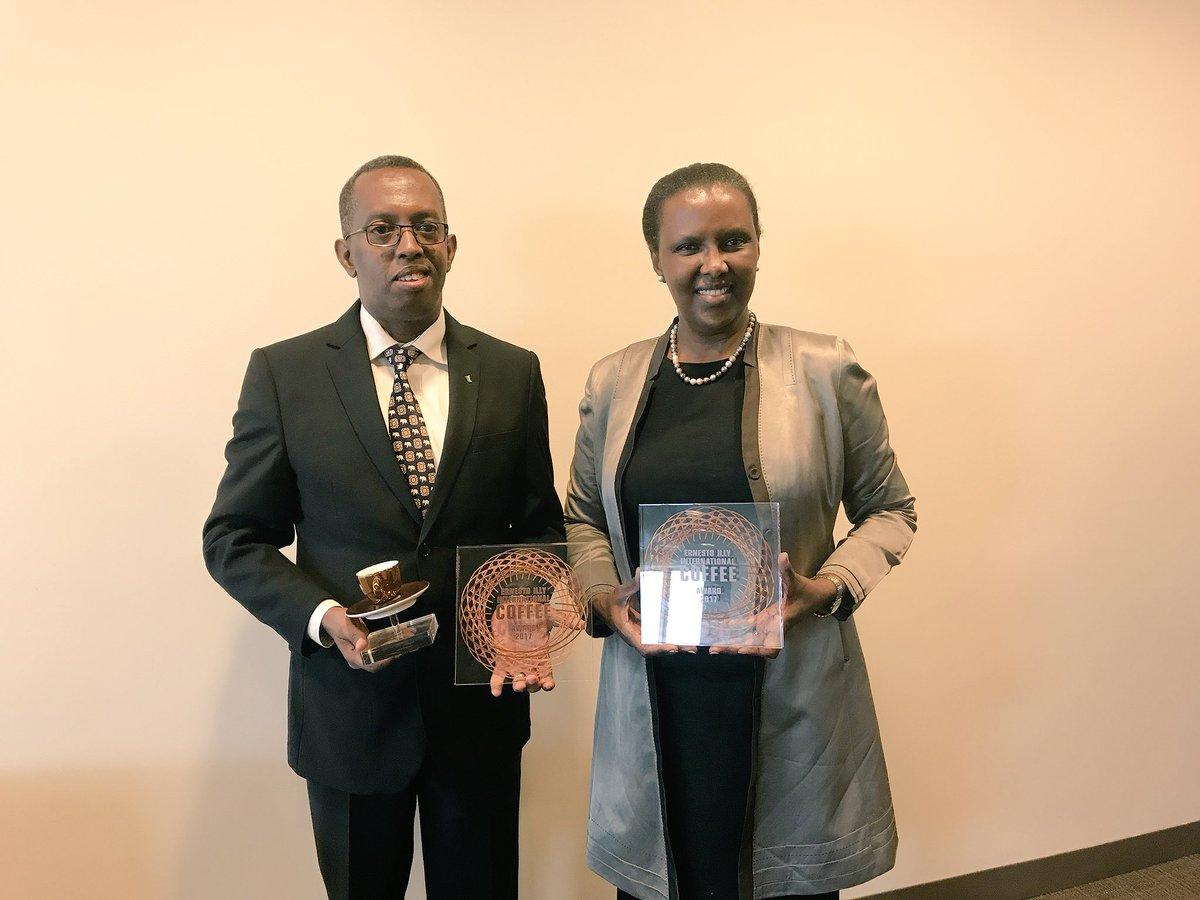 Ambassador Valentine Rugwabiza poses for a photo with an award winner